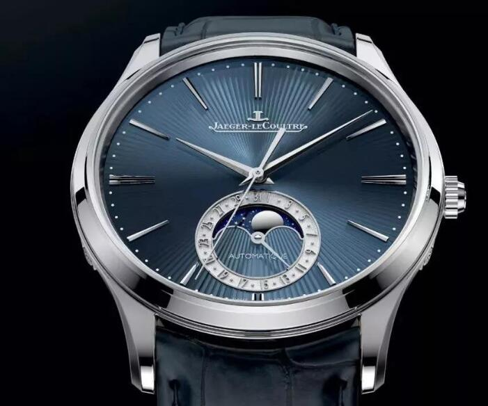 The dial has presented the high level of watchmaking craftsmanship of Jaeger-LeCoultre.