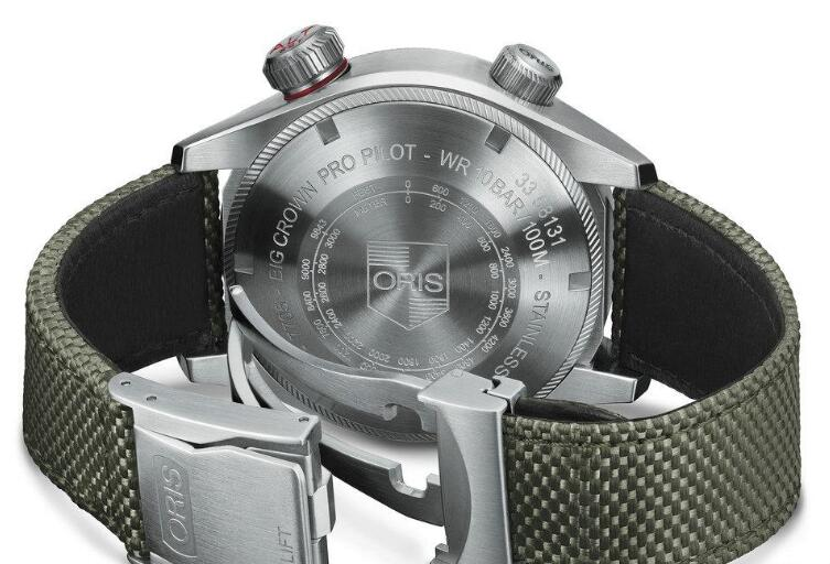The integrated design of this Oris is strong.